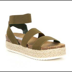 Steve Madden Kimmie platform sandal Olive green